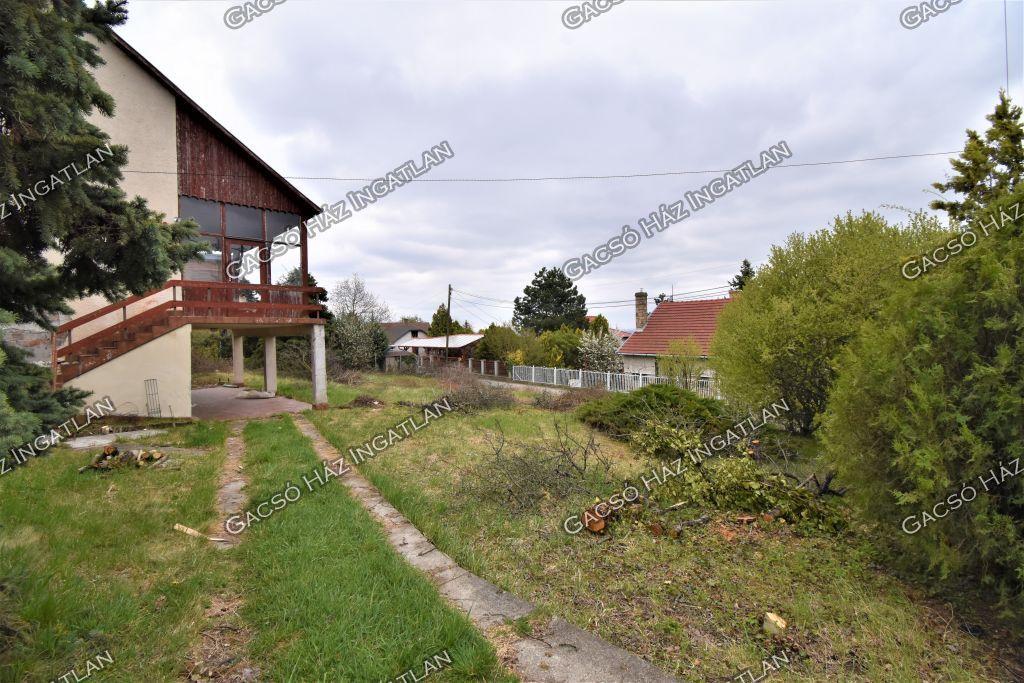 Eladó 130 m2 ház - Szentendre