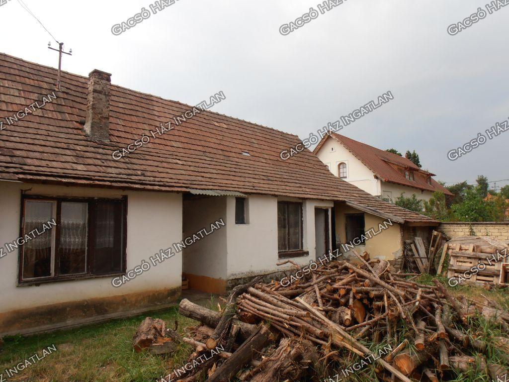 Eladó 77.25 m2 ház - Kisoroszi