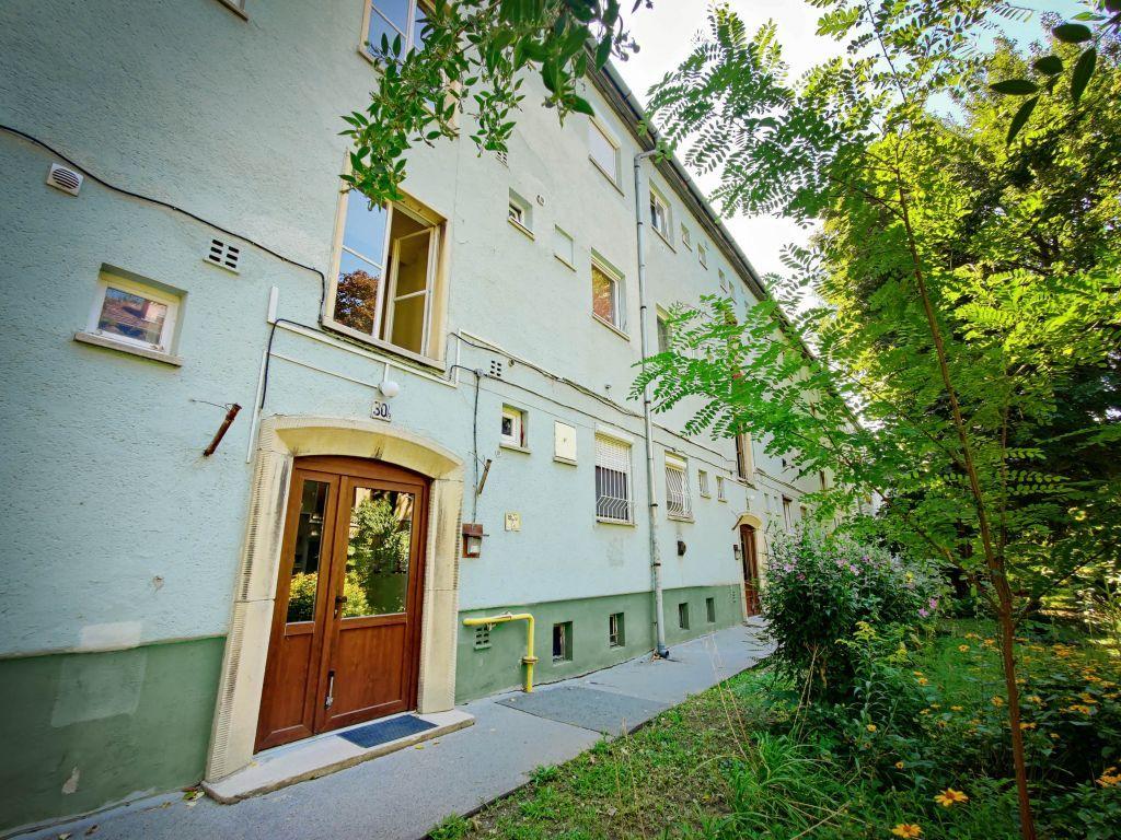 Eladó 40 m2 lakás - Budapest XIII.