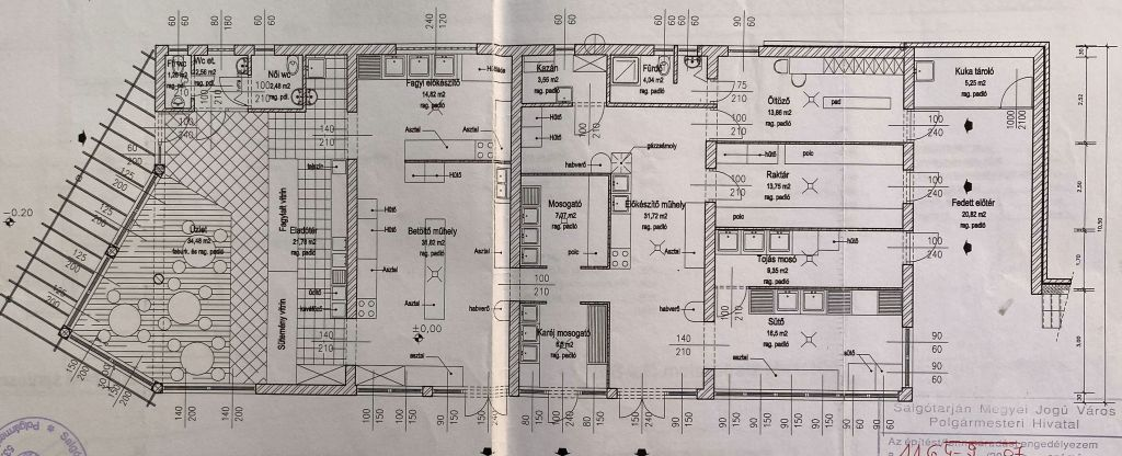 Eladó 215.6 m2 vendéglátó egység - Salgótarján
